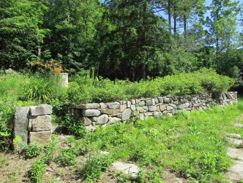 276 Water Village Ossipee NH 03864