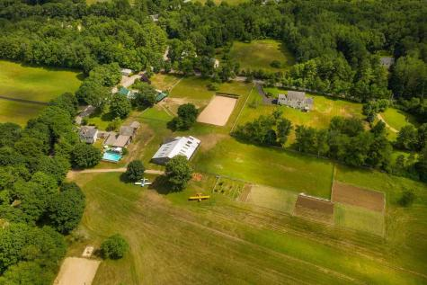 166 Pickpocket Road Brentwood NH 03833