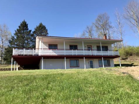 81 Fairview Lane Lyndon VT 05851
