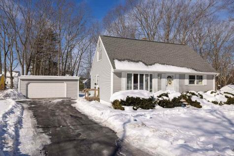 7 Coolidge Drive Portsmouth NH 03801