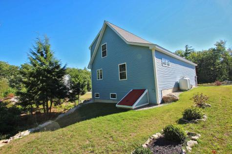 58 Constitution Way Rochester NH 03867