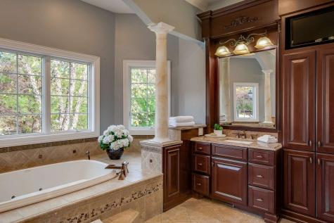 81 HERITAGE HILL Road Windham NH 03087
