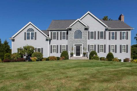 2 Dunraven Road Windham NH 03087
