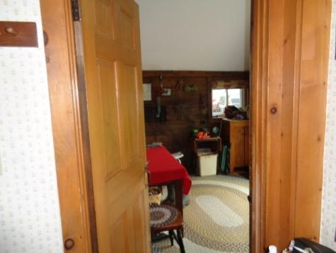 513 School House Road Brookfield VT 05036