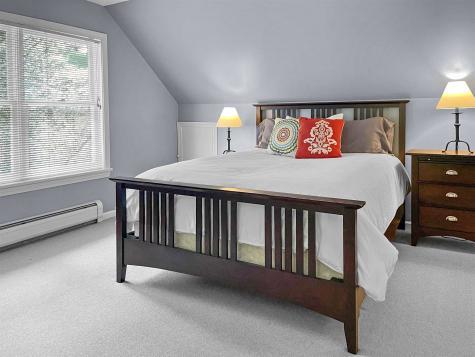 1478 Marsh Family Road Hartford VT 05001