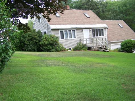 128 Chester Road Raymond NH 03077