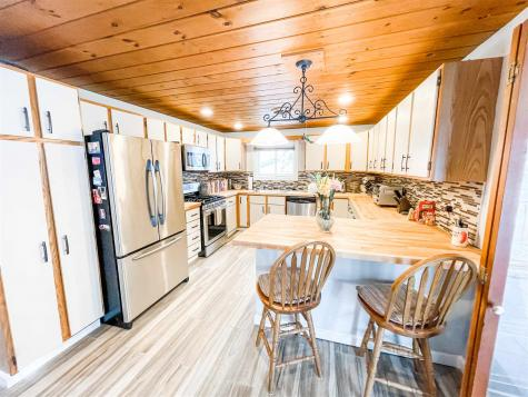 1039 Cherry Valley Road Gilford NH 03249