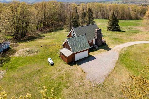 23 Rowell Road Glover VT 05875