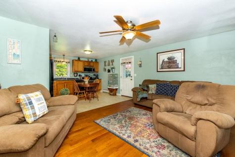 26 Old Pittsfield Road Northwood NH 03261