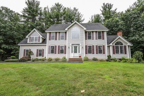 3 Carousel Court Londonderry NH 03053