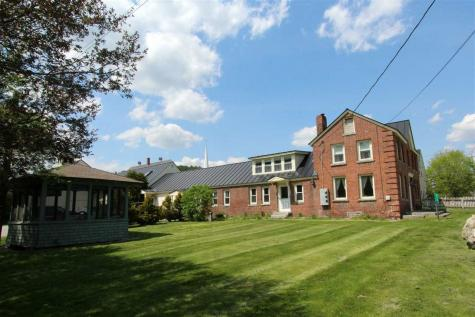 416 Center Street Lyndon VT 05851
