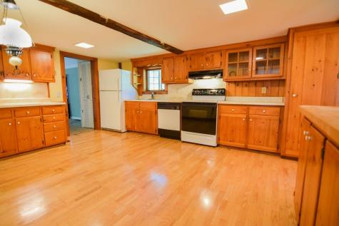 18 Gale Road Andover NH 03216