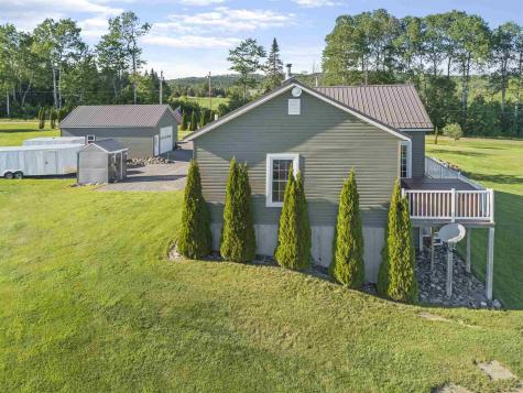 794 Reed Road Colebrook NH 03576