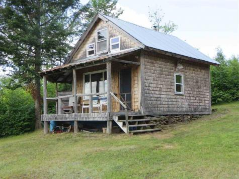 756 Drake Place Road Sheffield VT 05866