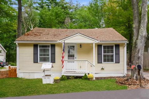 21 Lakeview Road Raymond NH 03077