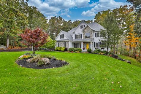 28 Wildwood Drive Brookline NH 03033