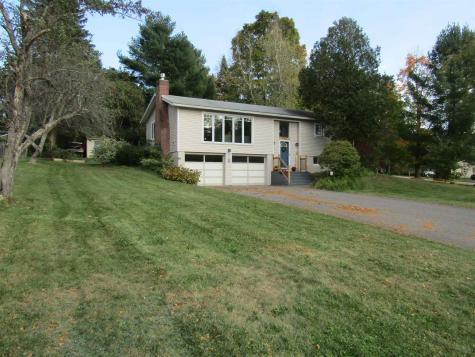 201 Stonybrook Drive Williston VT 05495