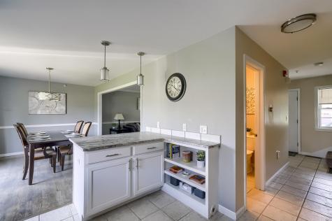 1 Windsor Lane Brentwood NH 03833