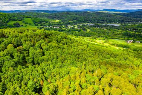 Quechee Lakes Hartford VT 05047