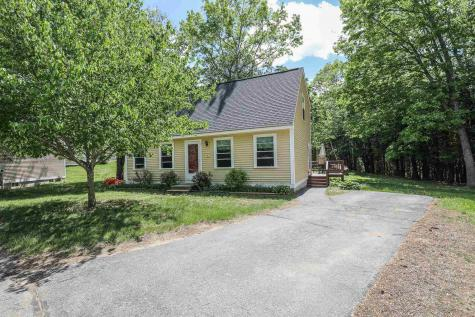 7 Whittaker Circle Concord NH 03303