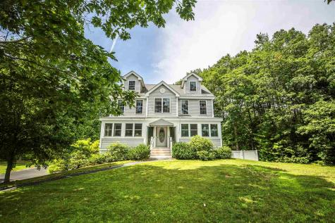 27 Seavey Brook Lane Rochester NH 03867
