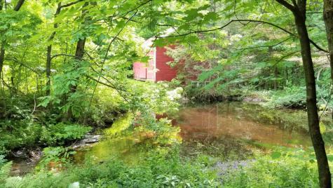 444 Hapgood Pond Road Peru VT 05152