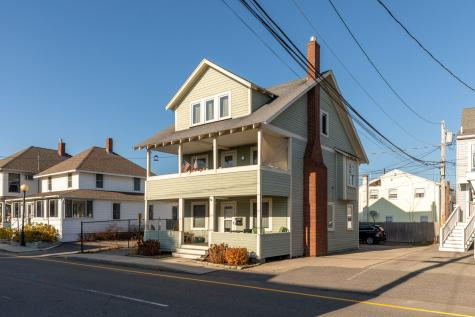 18 Highland Avenue Hampton NH 03842