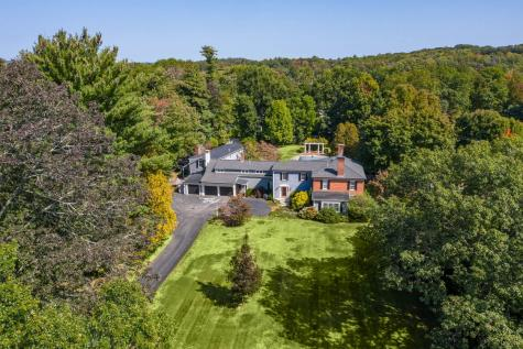 83 Stratham Heights Road Stratham NH 03885