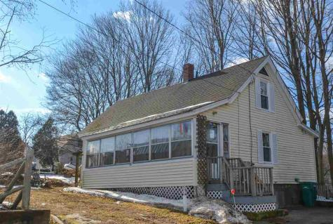 8 Kings Lane Somersworth NH 03878