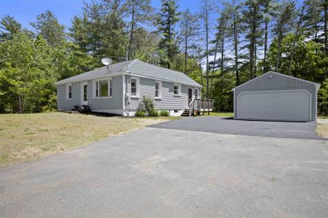 429 Calef Highway Epping NH 03042