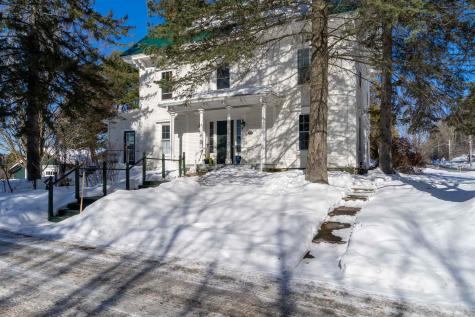 359 Maple Street Stowe VT 05672