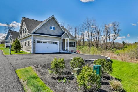 11 Chadwick Circle Windham NH 03087