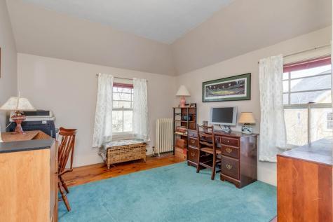 8 Pine Street Concord NH 03301