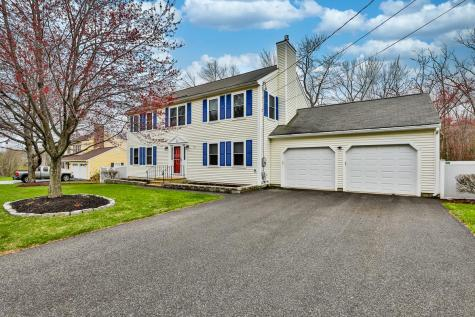 212 Currier Drive Manchester NH 03104