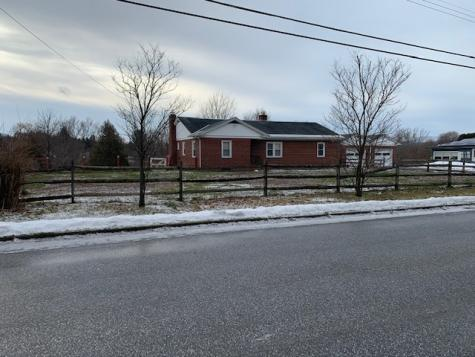 8 Perry Lane Rutland City VT 05701