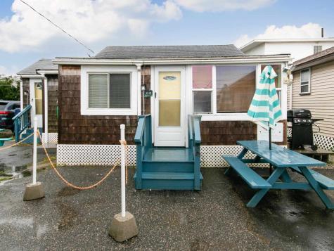 13 Riverview Terrace Hampton NH 03842