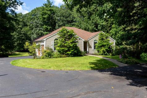 13 Dandiview Acres Court Seabrook NH 03874