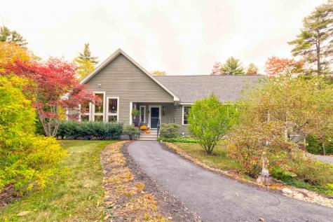 1075 Witchtrot Road Wakefield NH 03872