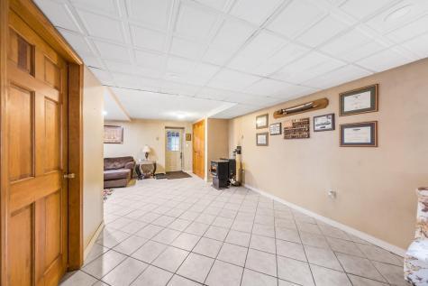 164 Sewalls Falls Road Concord NH 03301