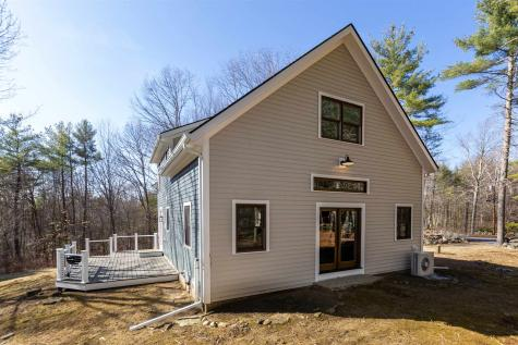 127 Old Lee Road Newfields NH 03856