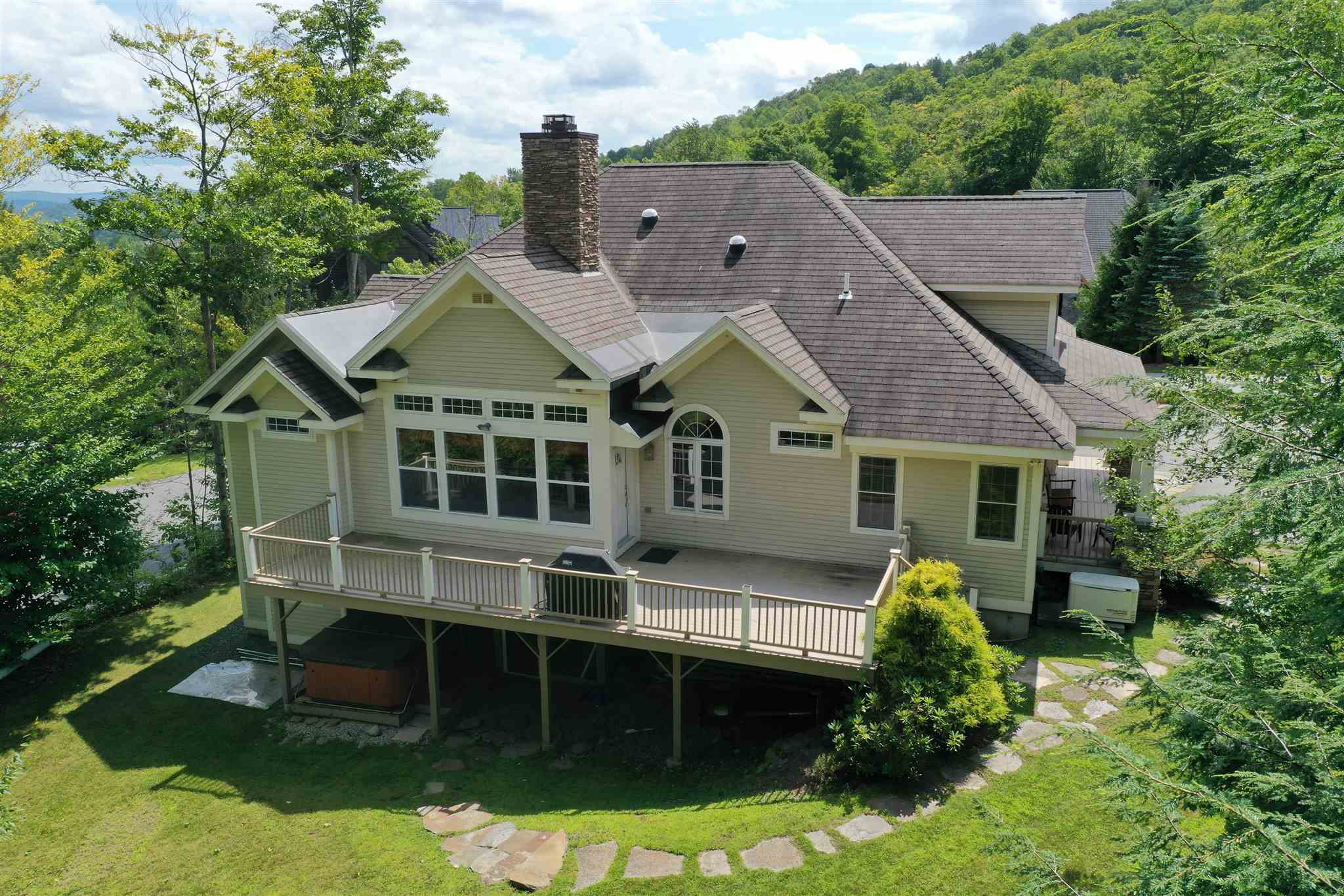 10 Discovery Drive Dover VT 05356