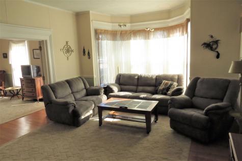 43 Pleasant Street Ludlow VT 05149