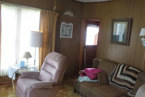 46 Railroad Avenue Orleans VT 05860