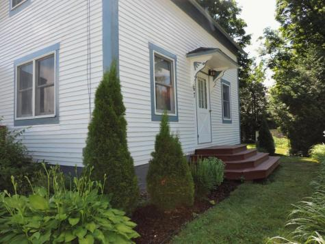 67 Eastern Avenue Newport Town VT 05857