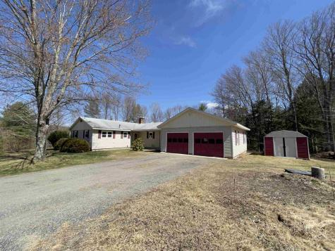 39 Meeting House Road Rockingham VT 05101