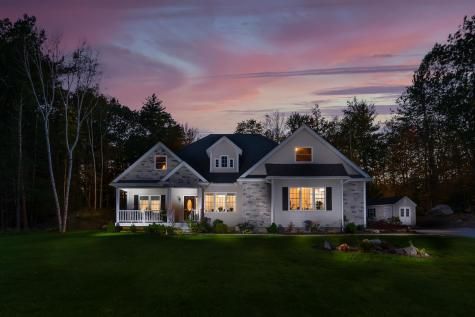 18 Steele Road Derry NH 03038-5844