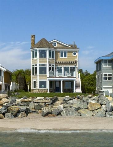 1042 Ocean Boulevard Hampton NH 03842