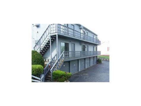 8 Storer Court Derry NH 03038