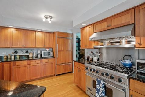 46 Hyatt Lane Laconia NH 03246