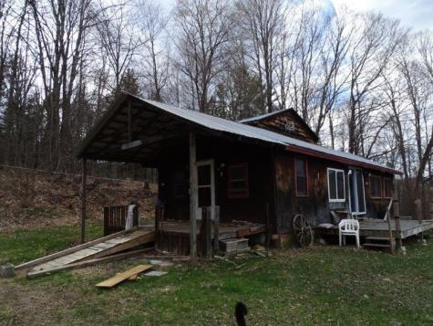 2805 Cookville Road Corinth VT 05039